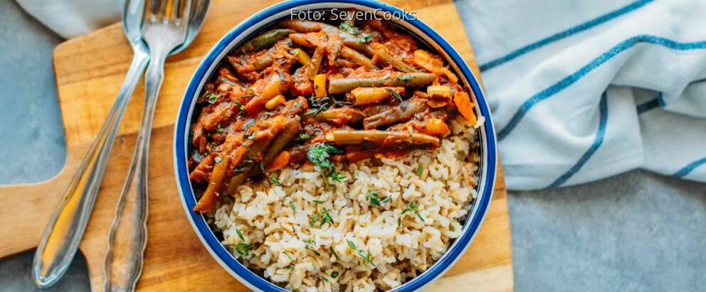 Veganes Rezept: Fasolakia mit Reis 2