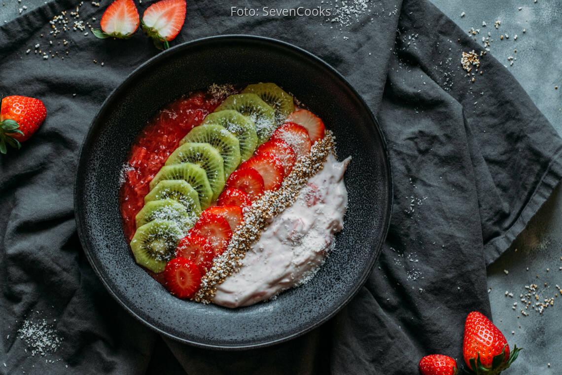 Veganes Rezept: Frühstücksbowl mit Kokosjoghurt 1