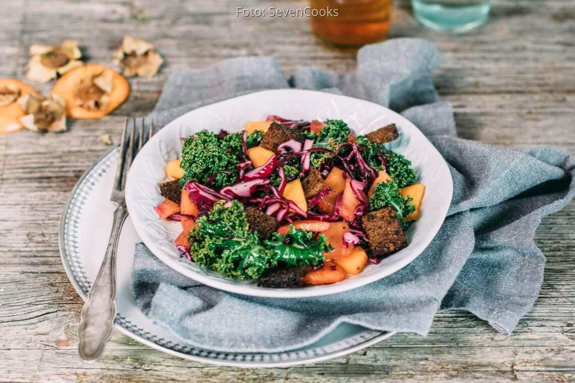 Veganes Rezept: Fruchtiger Rotkohlsalat 1