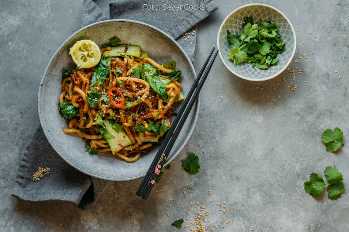 Veganes Rezept: Veganes Rezept: Gebratene Udon-Nudeln mit Gemüse 1