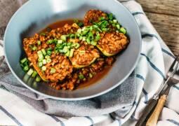Veganes Rezept: Gefüllte Zucchini mit Grünkern_1