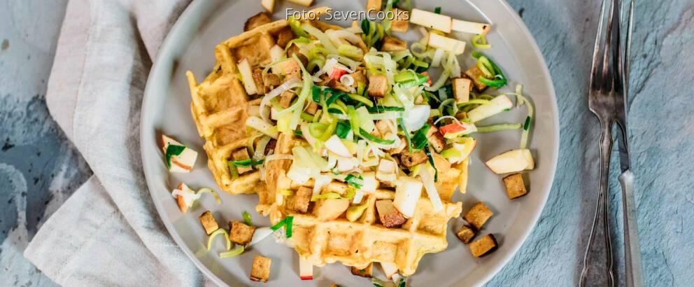 Veganes Rezept: Gemüse-Waffeln mit Lauchsalat_2