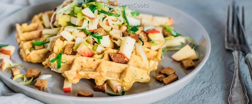 Veganes Rezept: Gemüse-Waffeln mit Lauchsalat_3