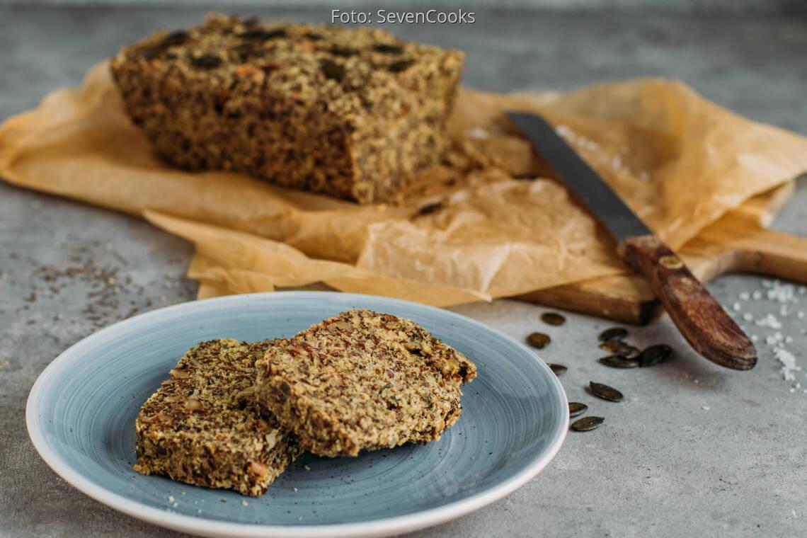 Veganes Rezept: Glutenfreies Superfood-Brot 1