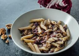 Veganes Rezept: Herbstliche Vollkorn-Penne