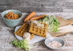 Veganes Rezept: Herzhafte Gemüsewaffeln mit Kräuterquark 1