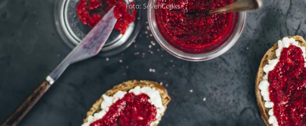 Veganes Rezept: Himbeer-Marmelade mit Chia-Samen