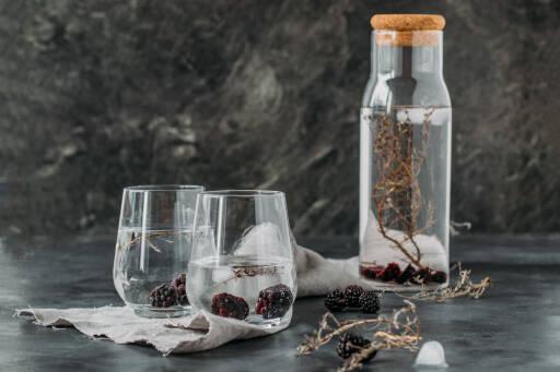 Veganes Rezept: Infused Water: Brombeere-Thymian 1