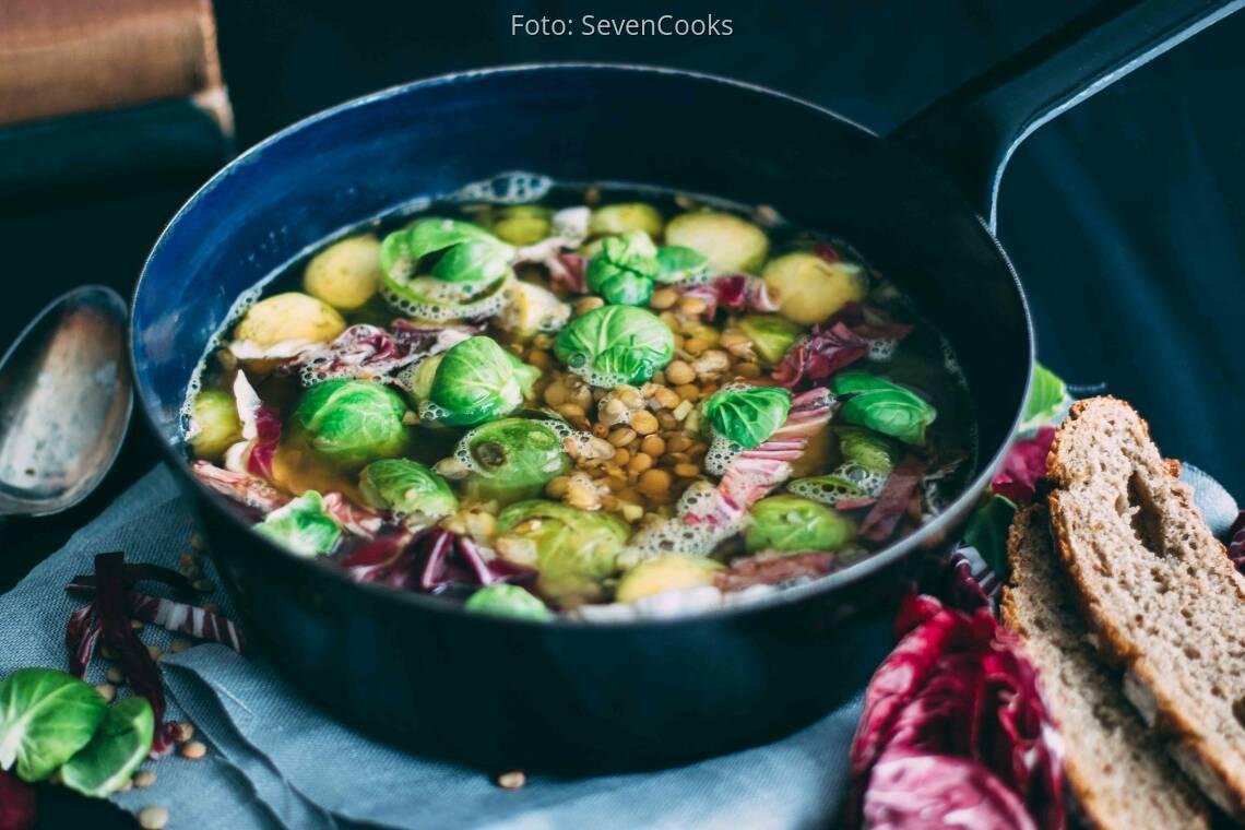 Veganes Rezept: Ingwer-Rosenkohlsuppe