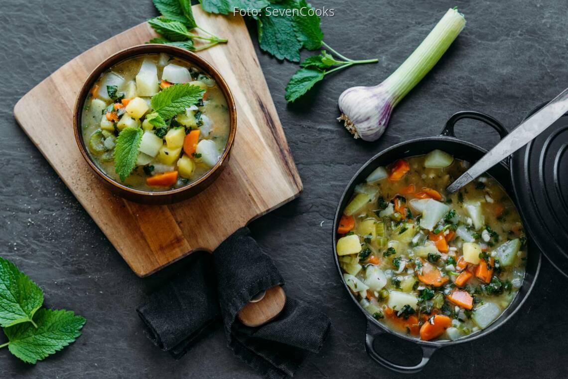 Veganes Rezept: Kohlrabi-Eintopf mit frischem Knoblauch 1