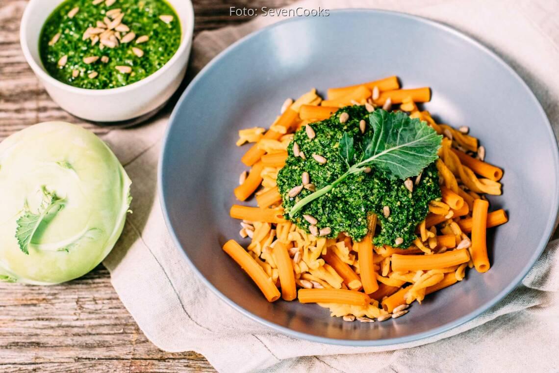 Veganes Rezept: Kohlrabikrautpesto mit Rote Linsen Nudeln_1