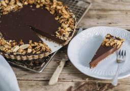 Veganes Rezept: No Bake Schoko Nuss Tarte 1