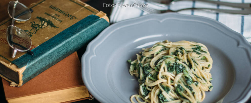 Veganes Rezept: One Pot Pasta mit Spinat
