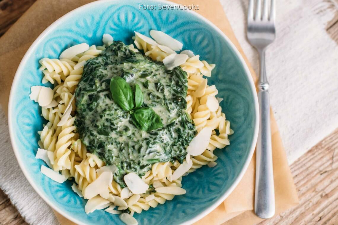 Veganes Rezept: Pasta mit veganer Spinatsoße_1