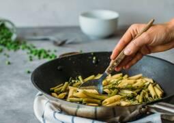 Veganes Rezept: Penne mit Bohnen und Erbsen 1