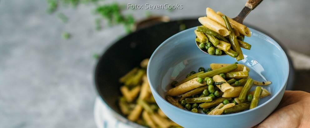 Veganes Rezept: Penne mit Bohnen und Erbsen 2
