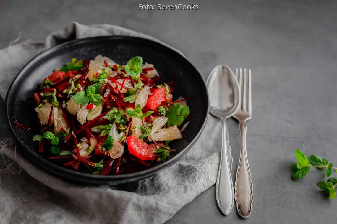 Veganes Rezept: Scharfer Zitrussalat 1
