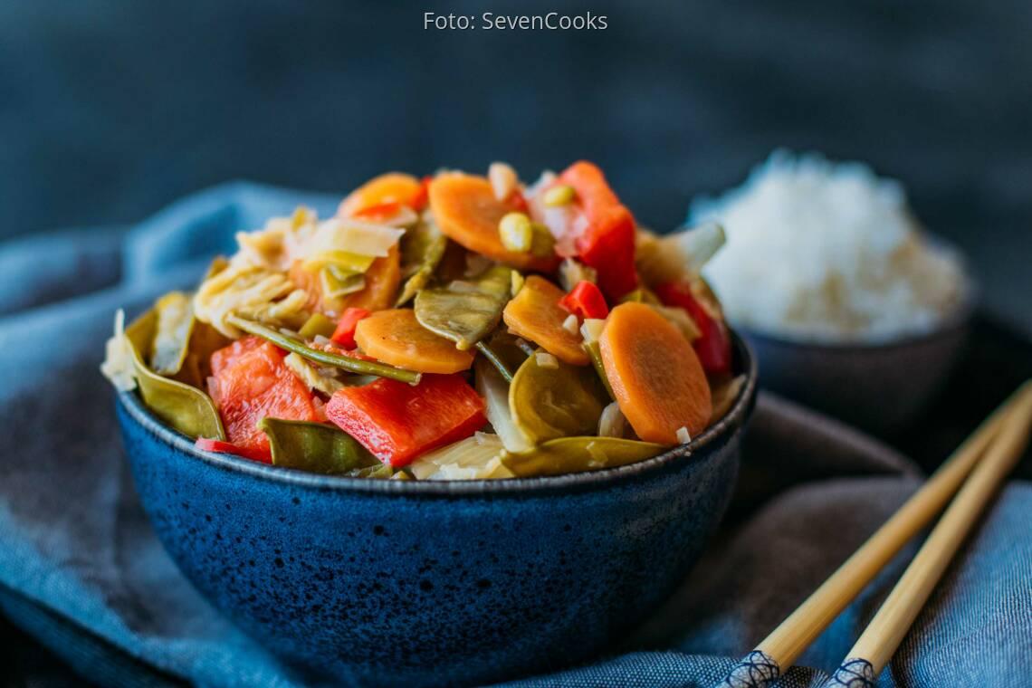Veganes Rezept: Scharfes Gemüse in Kokossauce 1