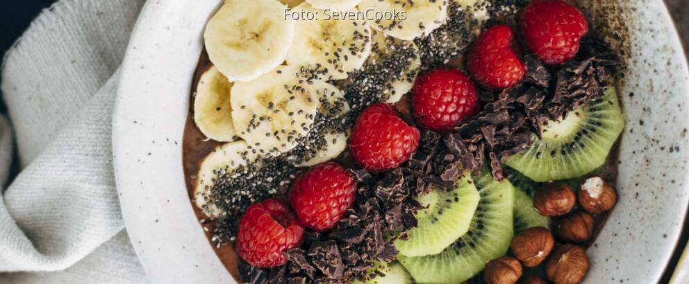 Veganes Rezept: Schokoladen-Haselnuss-Smoothie-Bowl 3