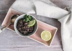 Veganes Rezept: Schwarzes Bohnenmus 1