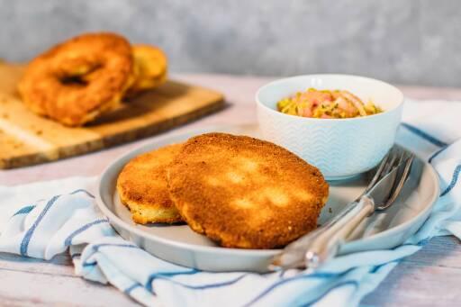Veganes Rezept: Sellerieschnitzel mit Rhabarbersalat 1