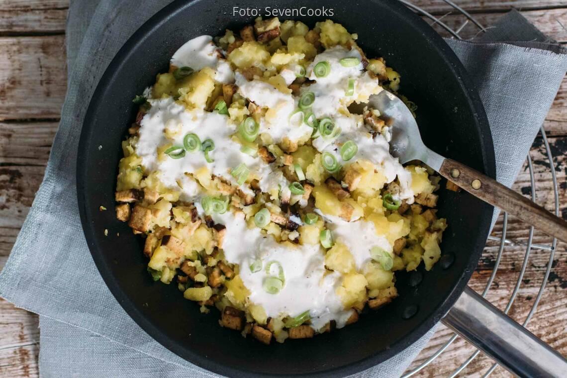 Veganes Rezept: Smashed Potatoes aus der Pfanne
