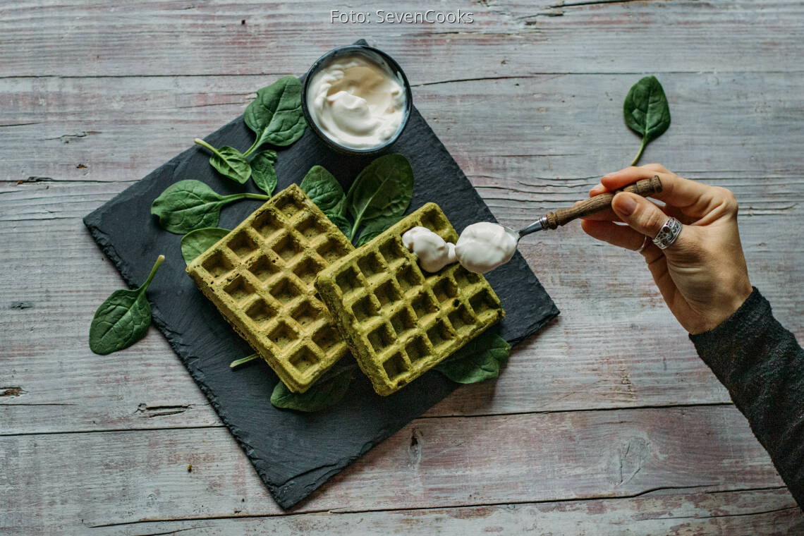 Veganes Rezept: Spinat Buchweizen Waffeln