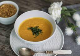 Veganes Rezept: Süßkartoffel-Erdnuss-Suppe 1