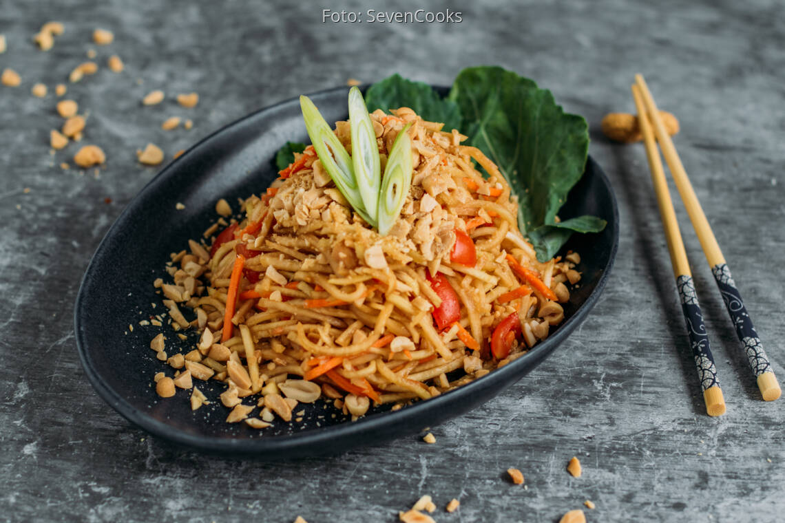 Veganes Rezept: Thai Peanut Salad 1