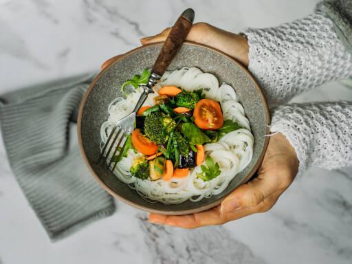 Veganes Rezept: Thai Reisnudel Salat 1