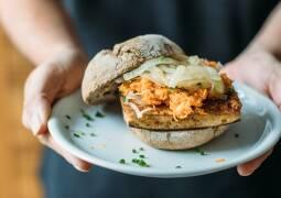 Veganes Rezept: Tofu-Karotten-Semmel_1