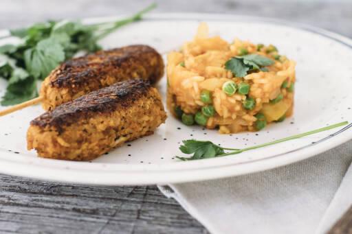 Veganes Rezept: Vegane Cevapcici mit Djuvec-Reis 1