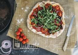 Veganes Rezept: Vegane Pizza aus Bierteig