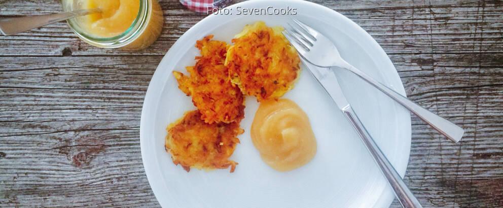 Veganes Rezept: Vegane Reiberdatschi mit Apfelmus