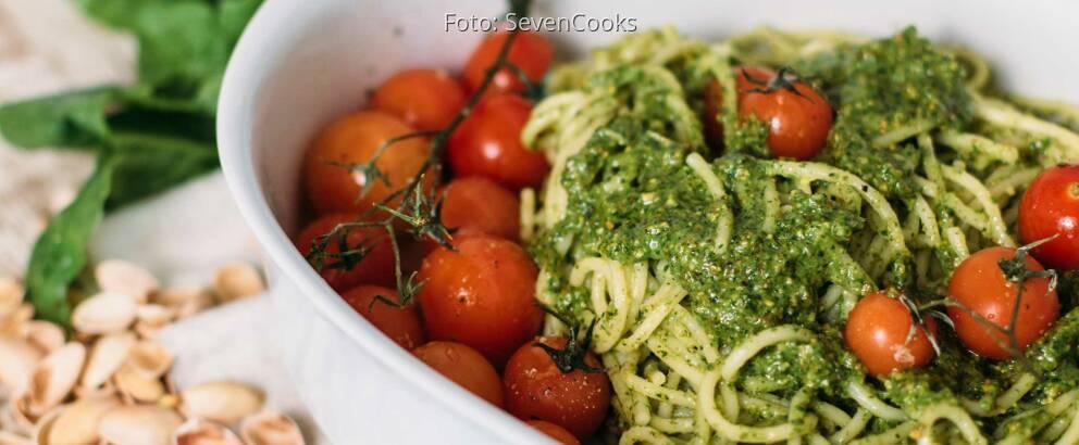 Veganes Rezept: Veganes Pesto mit Spinat und Pistazien