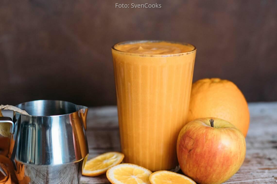 Veganes Rezept: Warmer Smoothie mit Karotte, Ingwer und Orange