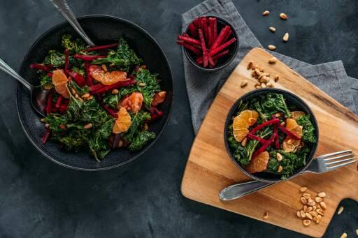 Veganes Rezept: Wintersalat mit Grünkohl, Mandarine und Rote Bete 1