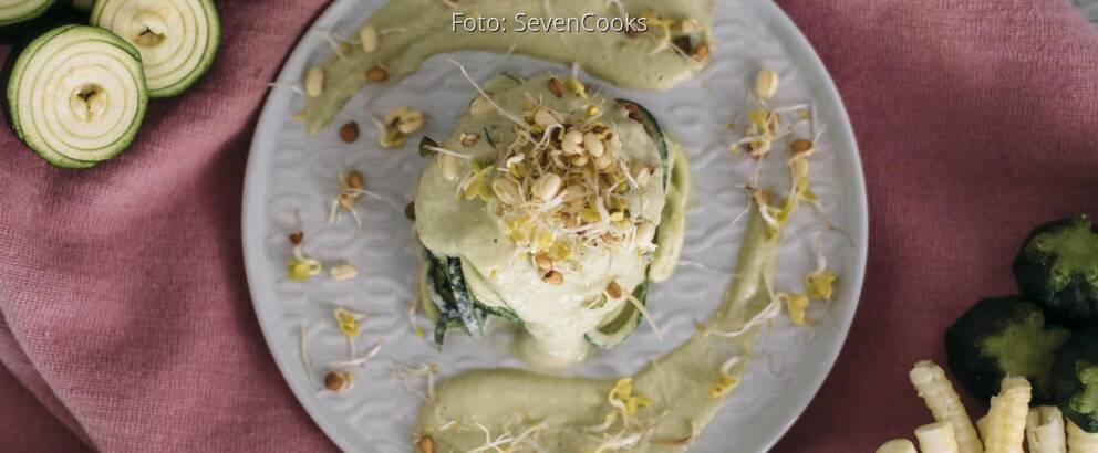 Veganes Rezept: Zucchininudeln Alfredo 3