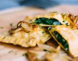 Vegetarisches Rezept: Angebräunte Spinatmaultaschen