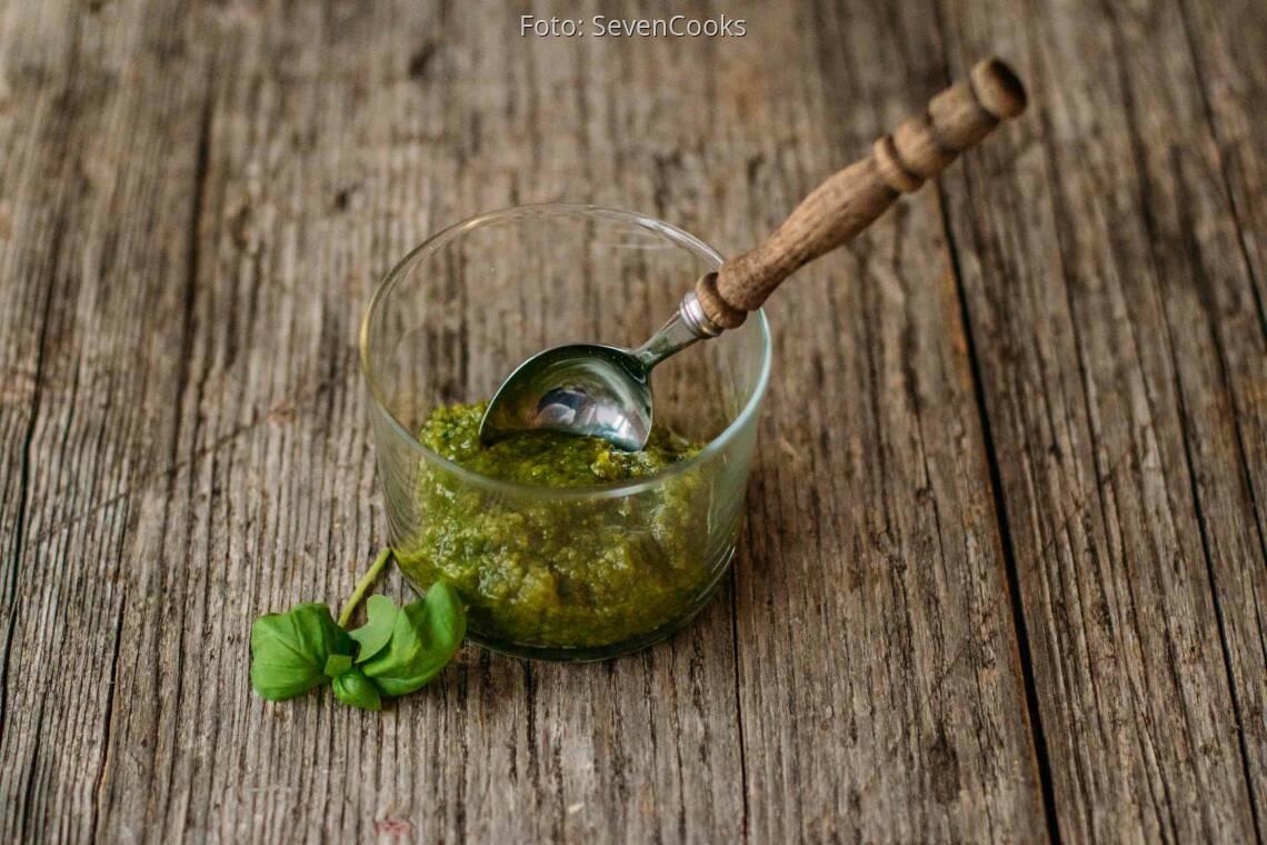 Vegetarisches Rezept: Basilikum-Pesto 1