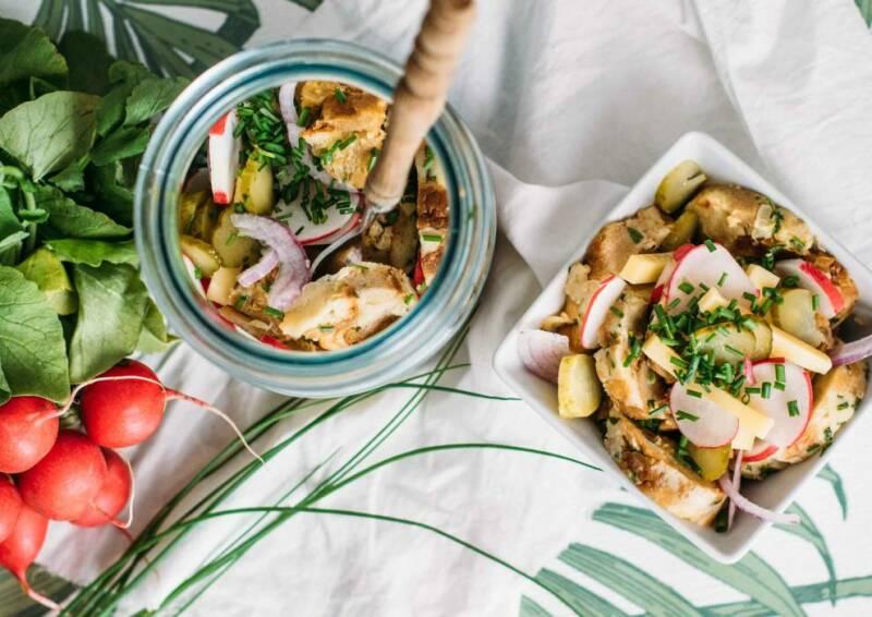 vegetarisches rezept bayrischer knoedelsalat 3-1032984-700-990-0 (1)