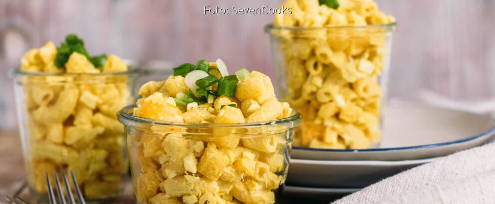Vegetarisches Rezept: Curry-Nudelsalat mit Ei_1