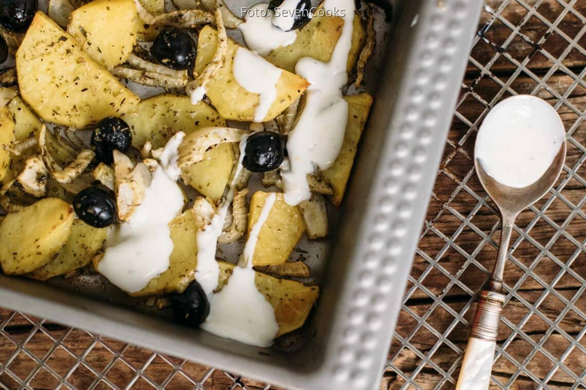 Vegetarisches Rezept: Fenchel-Kartoffeln-Oliven aus dem Ofen mit Zitronendip_1