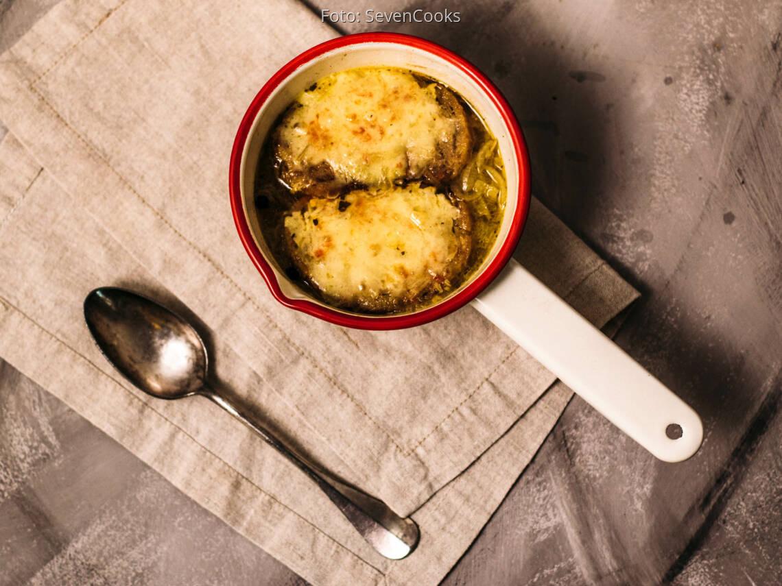 Vegetarisches Rezept: Französische Zwiebelsuppe 1