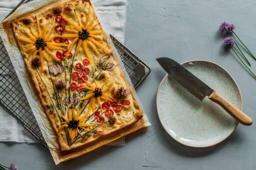 Vegetarisches Rezept: Garten-Flammkuchen