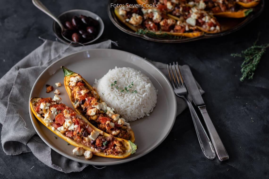 Vegetarisches Rezept: Gefüllte Zucchini mit Feta