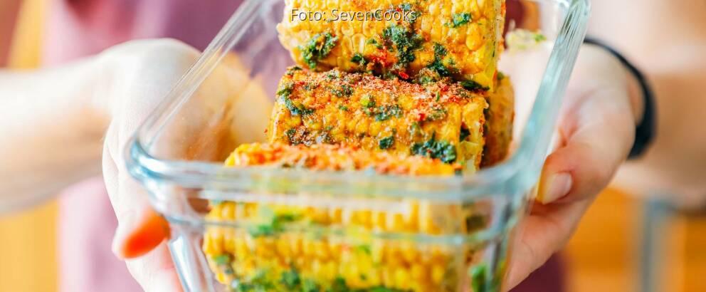 Vegetarisches Rezept: Gegrillter Maiskolben in Orangen-Curryglasur 3