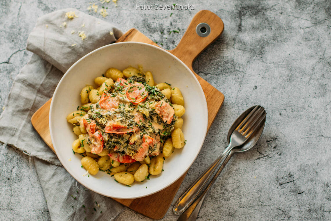Vegetarisches Rezept: Gnocchi mit Mangold-Gorgonzola-Soße 1