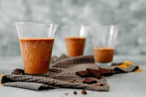 Vegetarisches Rezept: Heiße Schokolade mit Orangenlikör 1