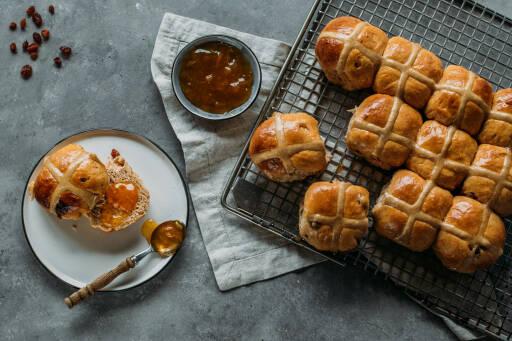 Vegetarisches Rezept: Hot Cross Buns 1